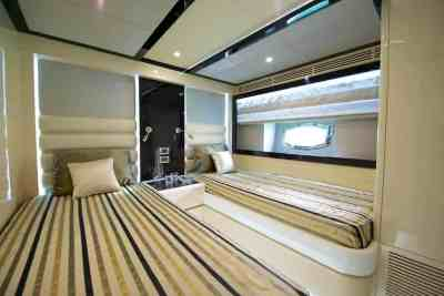 Nomad 75 Twin Guest Stateroom