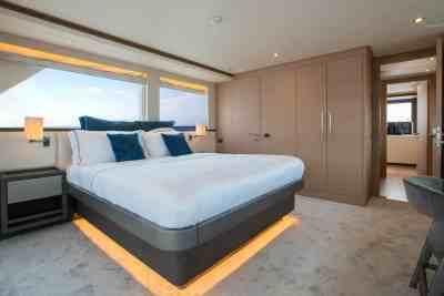 Nomad 95 SUV Upper Deck VIP Stateroom
