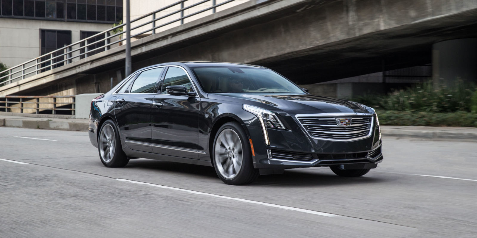 The 2017 Cadillac CT6 Doesnt Want To Be A BMW