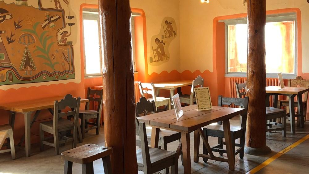 Painted-Desert-Inn-Innen