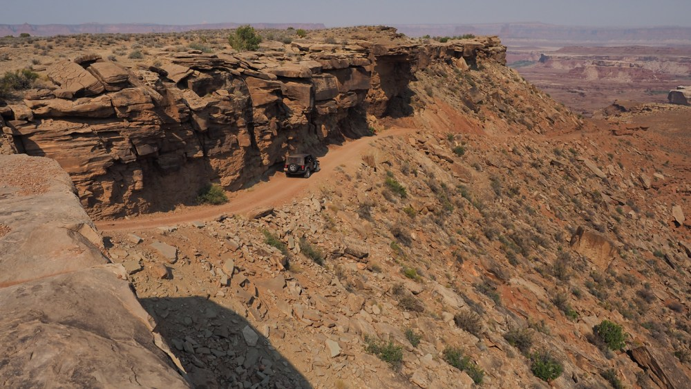 Murphy Hogback entlang der White Rim Road im Canyonlands National Park