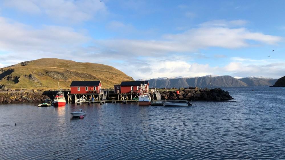 Hafen Gebäude in Kamøyvær