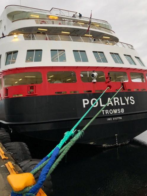 MS Polarlys im Hafen von Trondheim