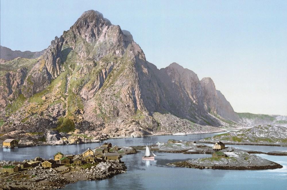 Eine historische Aufnahme von Svolvær um 1890