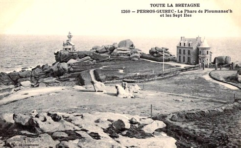 Gesamtansicht des alten Phare de Ploumanac'h