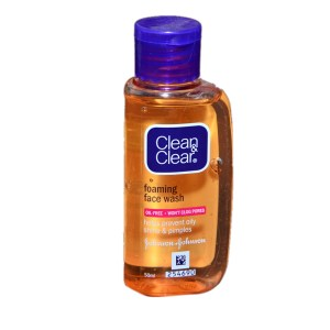 Clean and Clear Face Wash Review