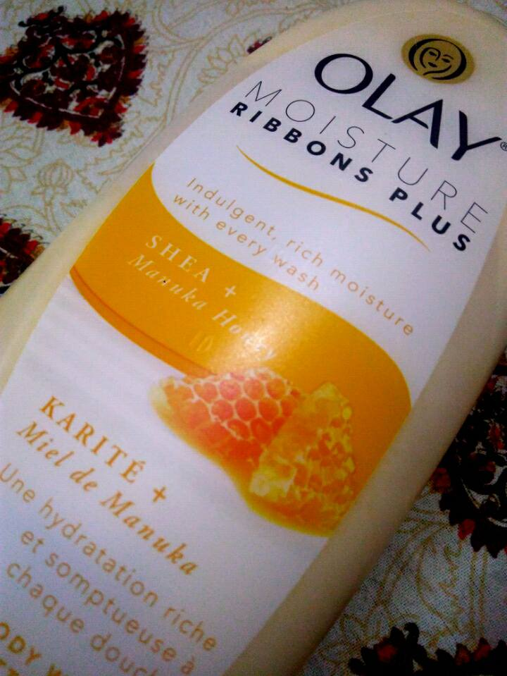 olay moisture ribbons body wash shea + manuka honey