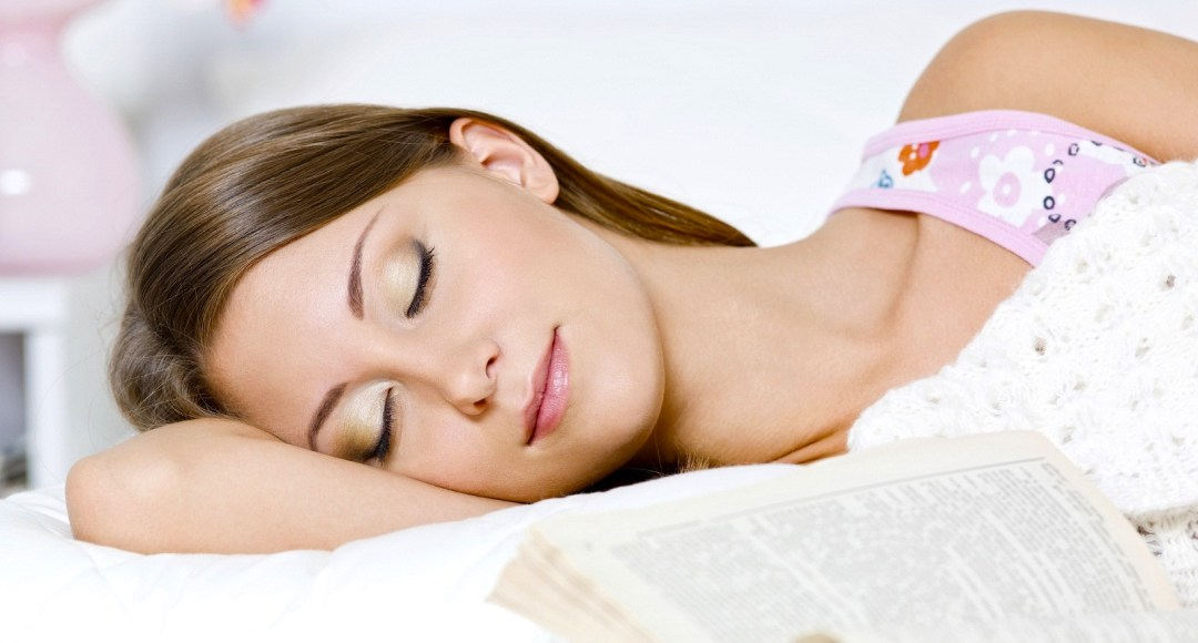 5 Reasons Why Sleep is Good for Your Skin