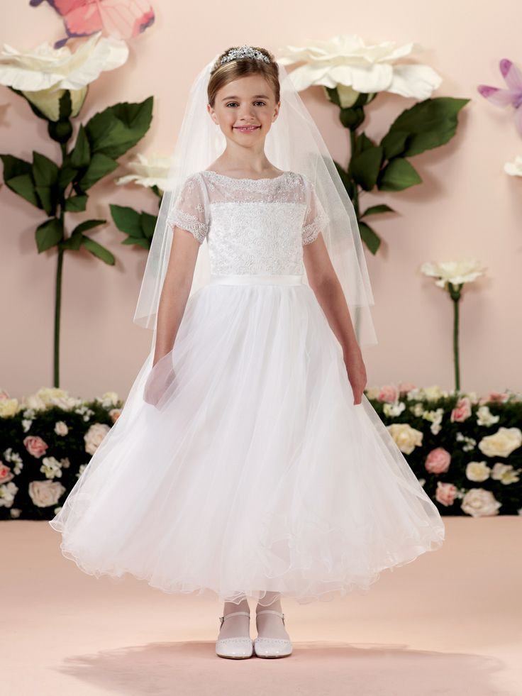 choosing best communion dress for little girl
