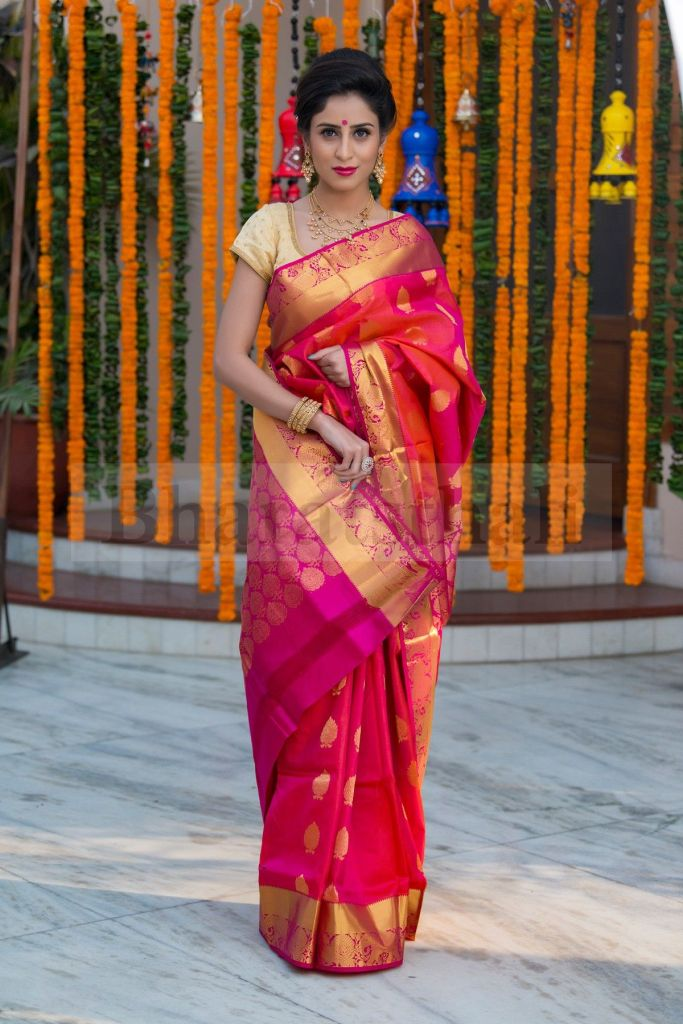 Top 5 Party Wear Sarees Every Fashionista Must Have