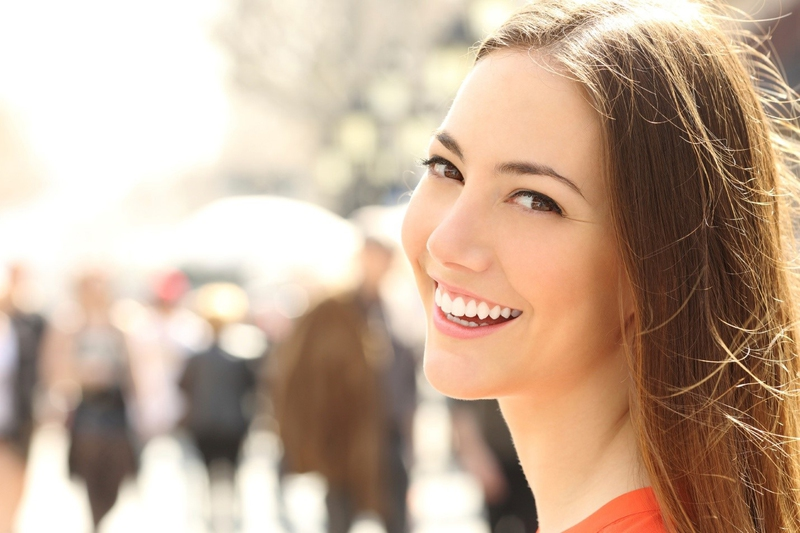 4 Ways to Make Your Woman Feel Beautiful Inside Out