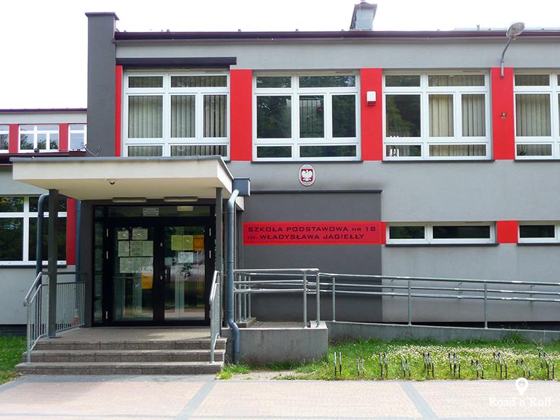 szkoła podstawowa numer 18 imienia władysława jagiełły gdzie w dzieciństwie rysiek riedel się uczył