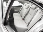 2015_Toyota_Camry_XLE_012