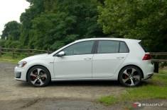 2015_VW_Golf_GTI.19