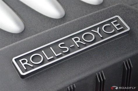 2016-Rolls_Royce_Wraith.33