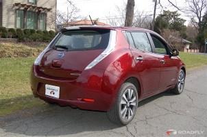 2016_Nissan_Leaf_SV.09