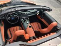 2019-BMW-i8-Roadster-08