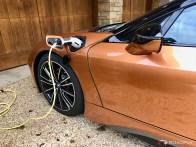 2019-BMW-i8-Roadster-10