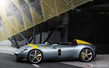 2019-Ferrari-Monza-SP1-SP2-02