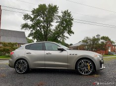 2018-Maserati-Levante-GTS-02