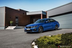 2019-BMW-3-Series-330i-330xi-21