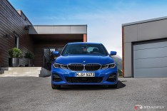2019-BMW-3-Series-330i-330xi-24