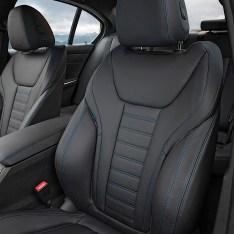 2019-BMW-3-Series-330i-330xi-39