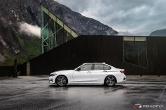 2019-BMW-3-Series-330i-330xi-62
