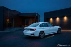 2019-BMW-3-Series-330i-330xi-65