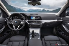 2019-BMW-3-Series-330i-330xi-74