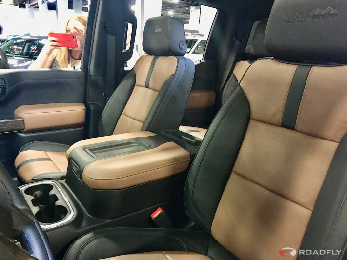 2019-Chevrolet-Silverado-04