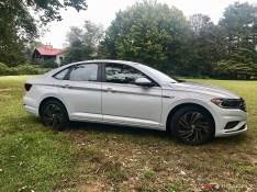 2019-VW-Jetta-SEL-Premium-White-Silver-02