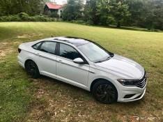 2019-VW-Jetta-SEL-Premium-White-Silver-03