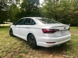 2019-VW-Jetta-SEL-Premium-White-Silver-09