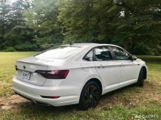 2019-VW-Jetta-SEL-Premium-White-Silver-11