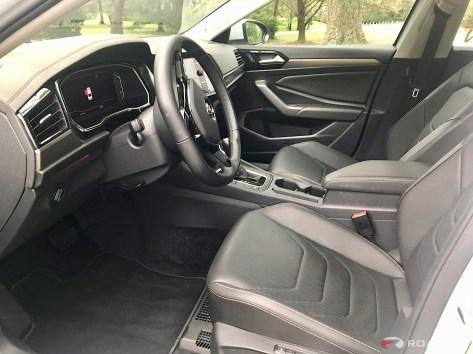 2019-VW-Jetta-SEL-Premium-White-Silver-15