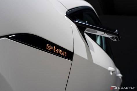 2019-audi-e-tron-quattro-electric-50