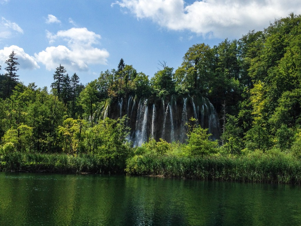 Plitvice Mountain Fall Croatia 2014