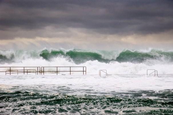Giant waves engulf sea baths in Newcastle, Australia