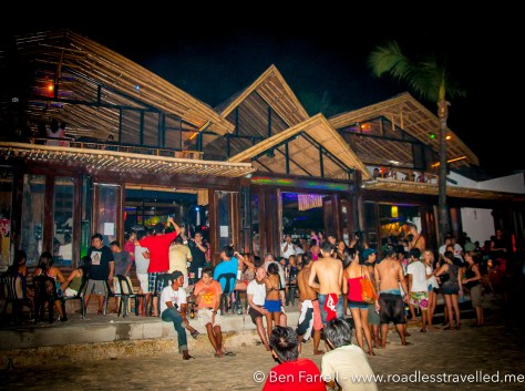 Club Paraw is one of the biggest clubs on the beach and offers great indoor and outdoor dancing and drinking.