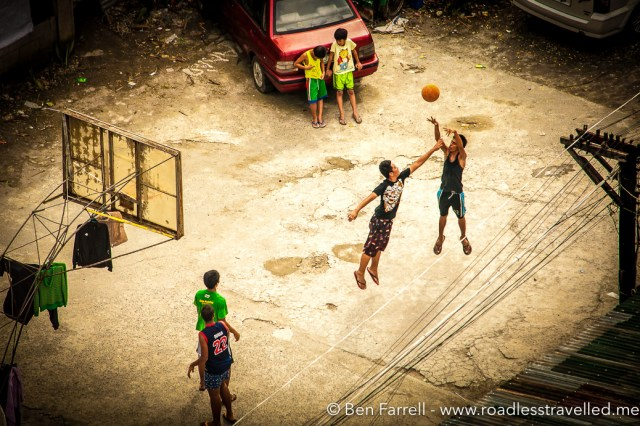 A typical Manila scene. Filipinos love their basketball