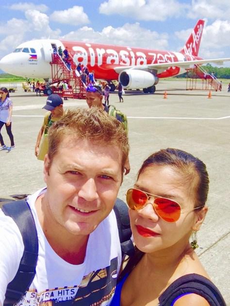 Our airport tarmac selfie!