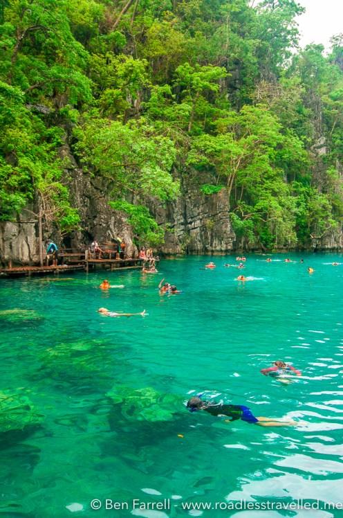 kayangan-lake-swimming-6