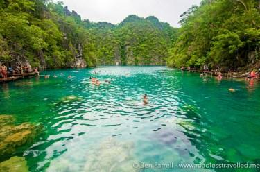 kayangan-lake-swimming-7