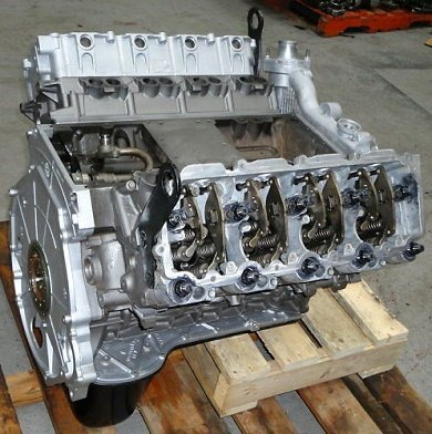 Ford 6.0l diesel engine