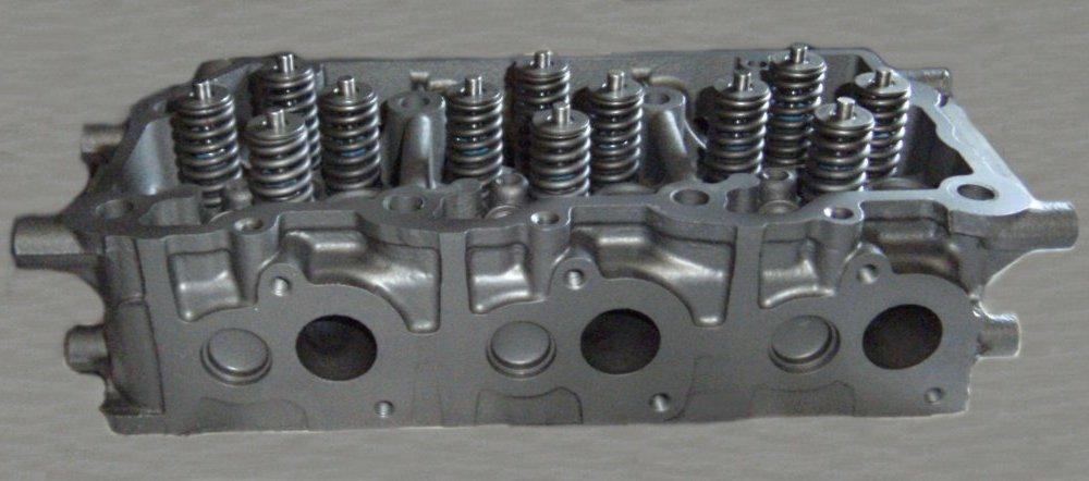 Ford 4.5L cylinder head