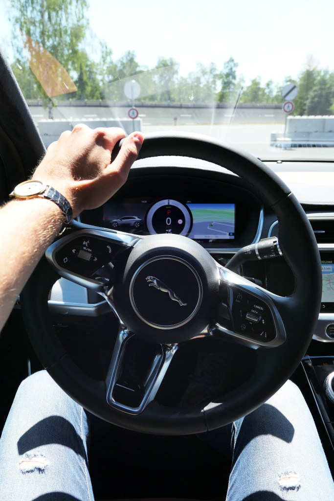 Jaguar I-Pace electrifies with this beautiful steering wheel road rug cars roadrugcars brothers car voiture auto automobile vintage car super car hyper car