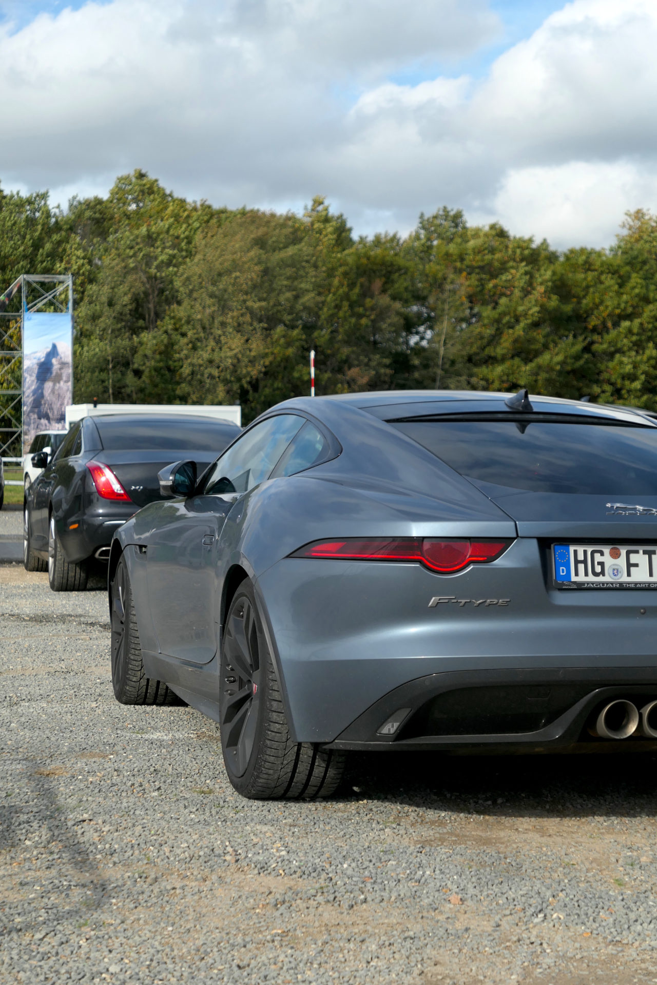 road rug cars roadrugcars jaguar land rover festival jlr festival f type rear