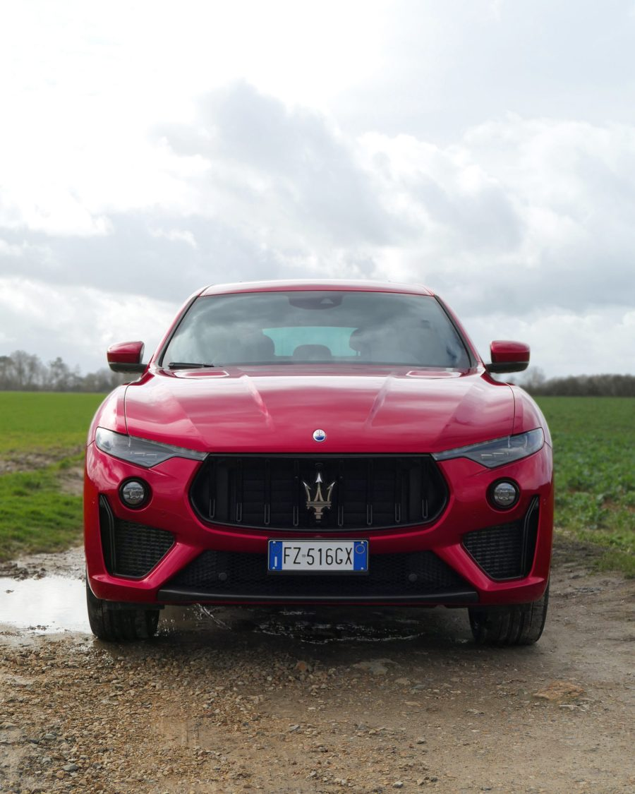 roadrugcars road rug cars maserati levante trofeo face