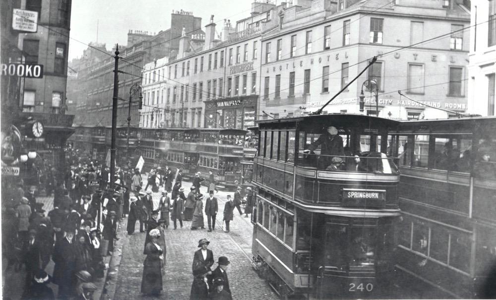 Rush hour trams in Union Street, Glasgow